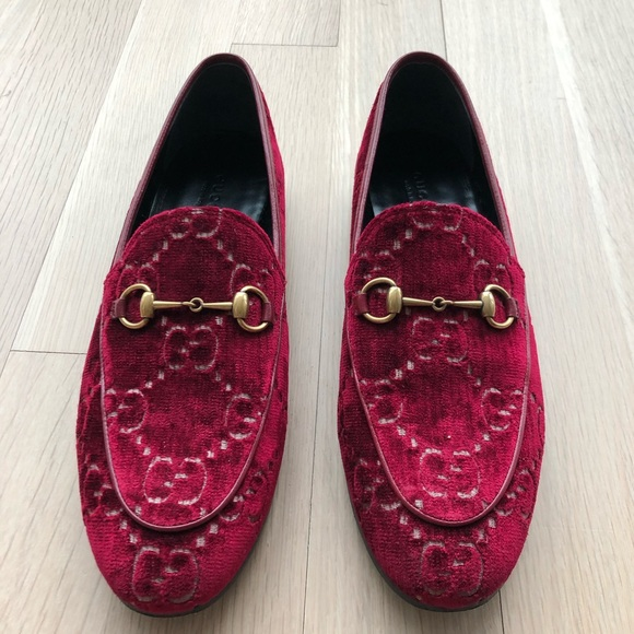 d7579985541e Gucci Jordaan Red Velvet Loafers 39. M_5c94d7c8de6f622edf3fc6a7